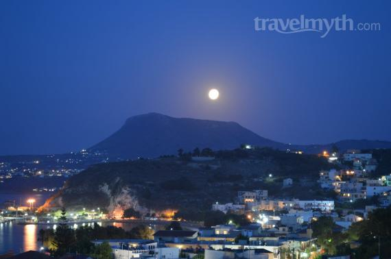 'Fullmoon - View from Erodios Apartments' - Chania